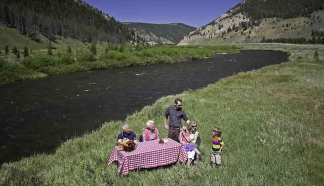 Picnic Lunch with Yellowstone Luxury Tours